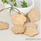 2x Cute Bear Wooden Tag|Engraved tags|Craft Buttons|Diy Crafts Accessories|Hang Tags