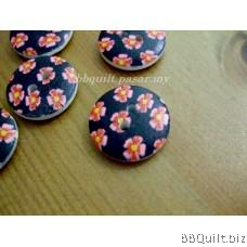 Stock clearance DIY Craft supplies Flower wooden buttons 12pcs/pcks 18mm